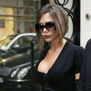 Victoria Beckham com Design Oversize preto